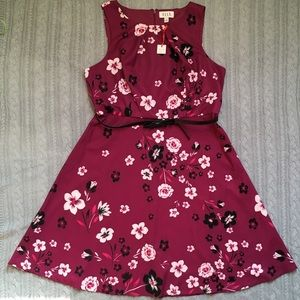 NWOT Elle Floral Sleeveless Dress with Belt